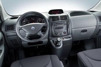 Inchirieri auto Fiat Scudo (6/9 locuri)