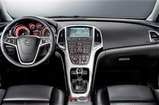 Inchirieri auto Opel Astra SW