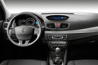 Inchirieri auto Renault Fluence