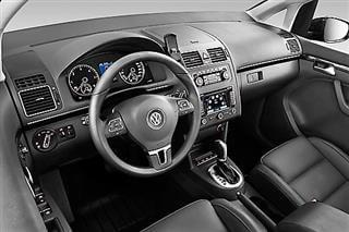 Inchirieri auto Volkswagen Touran (5/7 locuri)
